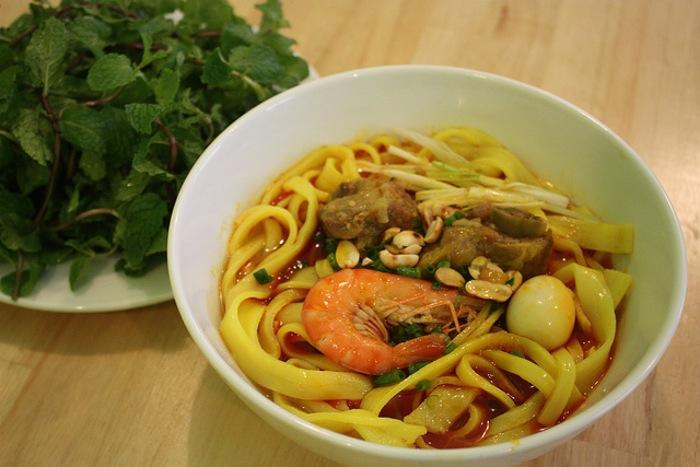mi quang noodle