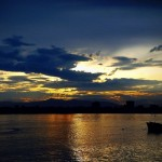 sunset-on-nhat-le-river-dong-hoi