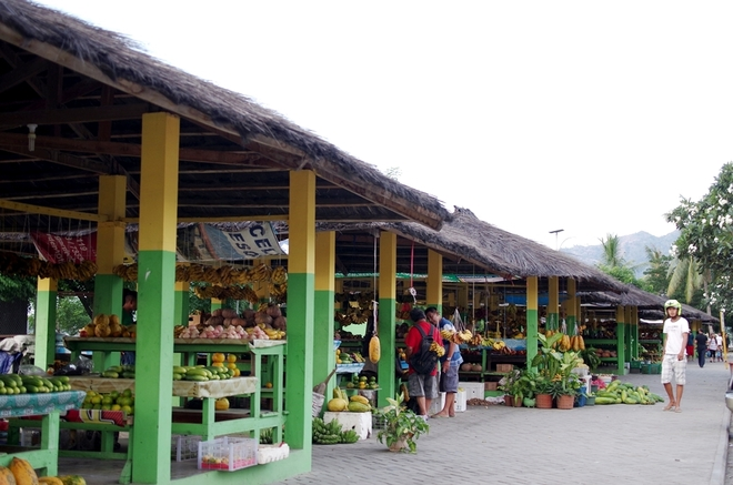 fruit market in dili